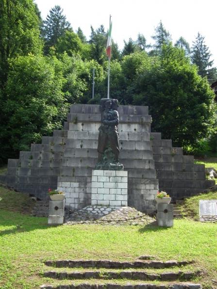 Il monumento a Pietro Fortunato Calvi