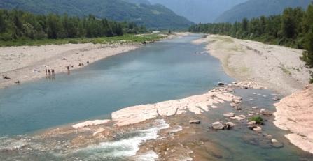 Il fiume votivo